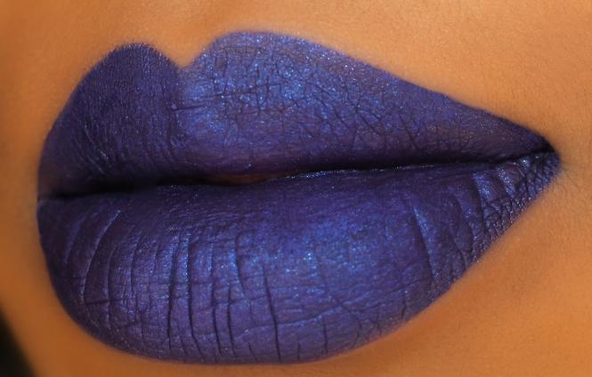Candy Coated Closets Blue Comparison Lip Swatcher